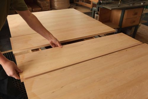 Traditional Amish Furniture Styles: Shaker or Mission?