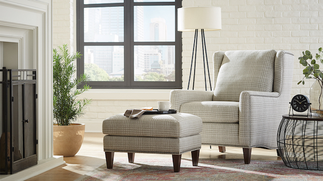 Home furniture store - Ottawa Lake, Michigan - Heritage House Furniture